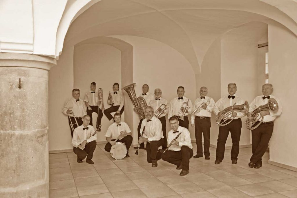 Nostalgieorchester im Säulensaal auf Schloss Untergröningen